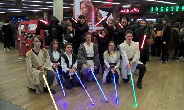Démo sabre laser au cinéma